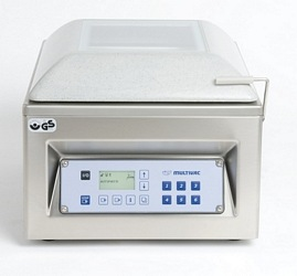 C100 table top chamber machine closed